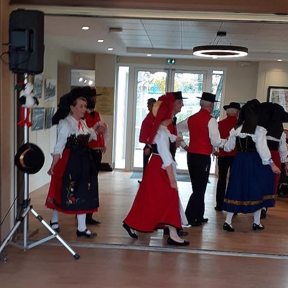 Danse Groupe Folkorique LES BRETZELS